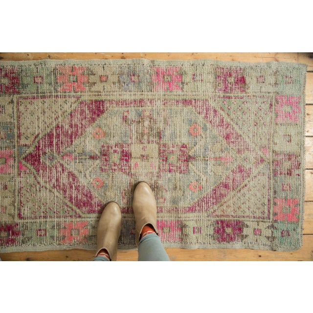 "Boho Chic Vintage Distressed Oushak Rug - 2'6"" X 4'4"" For Sale - Image 3 of 11"