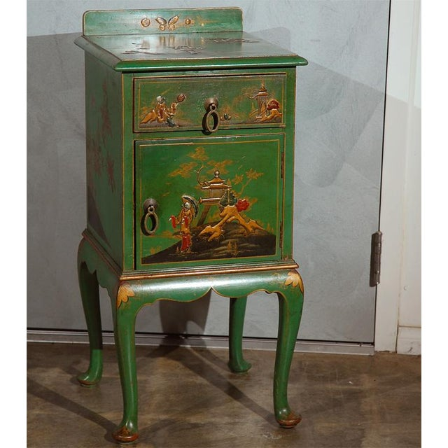 This nicely decorated chinoiserie nightstand would be a hit in any number of settings. Purchased in England it appears to...