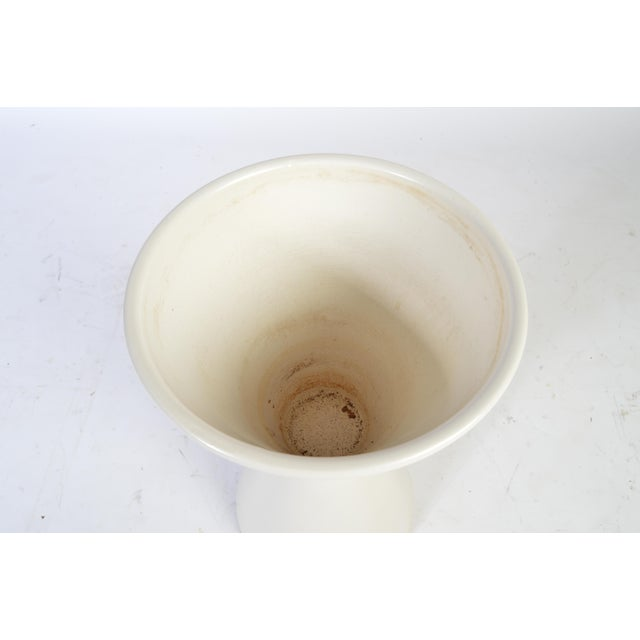 Mid-Century Modern Lagardo Tackett for Architectural Pottery Double Cone Ceramic Pottery Planter For Sale - Image 3 of 5