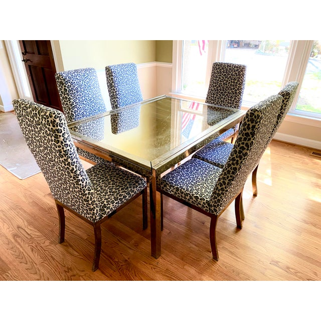 Hollywood Regency 1970s Mastercraft Brass Expandable Dining Table & Mastercraft Leopard Chairs With Brass Legs - Set of 7 For Sale - Image 3 of 13
