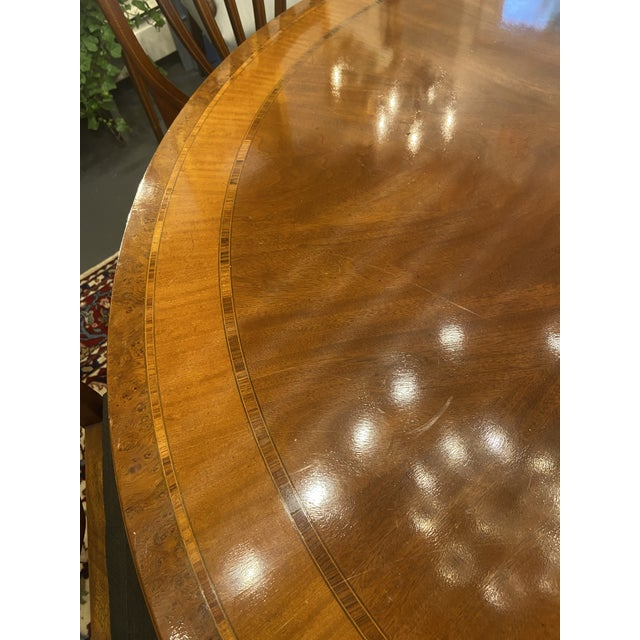 1920s Traditional Round Mahogany Dining Table For Sale - Image 11 of 12