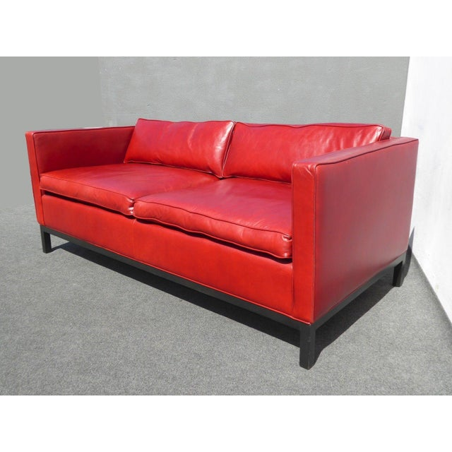 Designer Contemporary Red Leather Sofa - Image 5 of 11