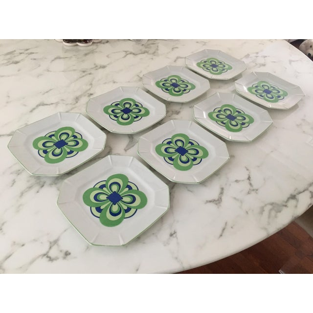Modern Vintage 1970s Blue and Green Retro Plates - Set of 8 For Sale - Image 3 of 8