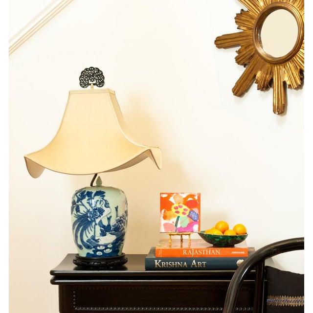 'Vigor' Acrylic Lamp Finial - Image 2 of 2