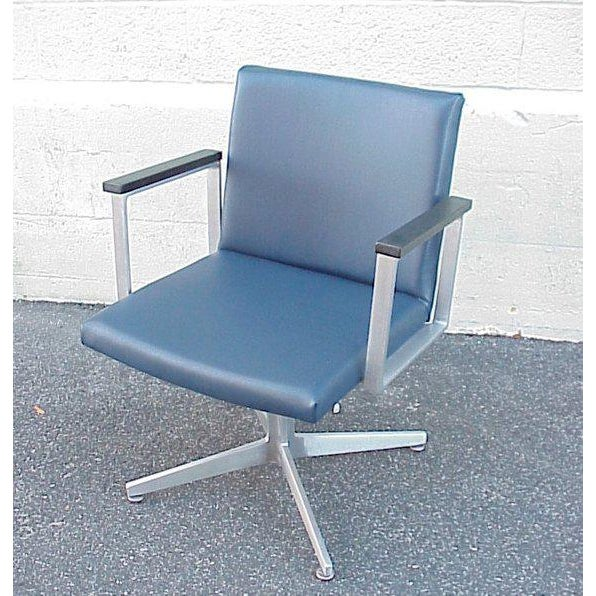 1960s Vintage Mid-Century Goodform Aluminum Armchair For Sale In Boston - Image 6 of 6