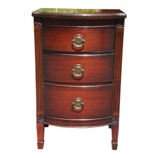 Vintage Federal Style Mahogany Bow Front Nightstand End Table Chest of Drawers