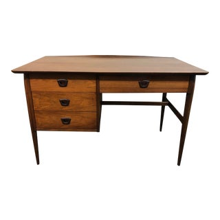 Basset Furniture Mid-Century Modern Desk For Sale