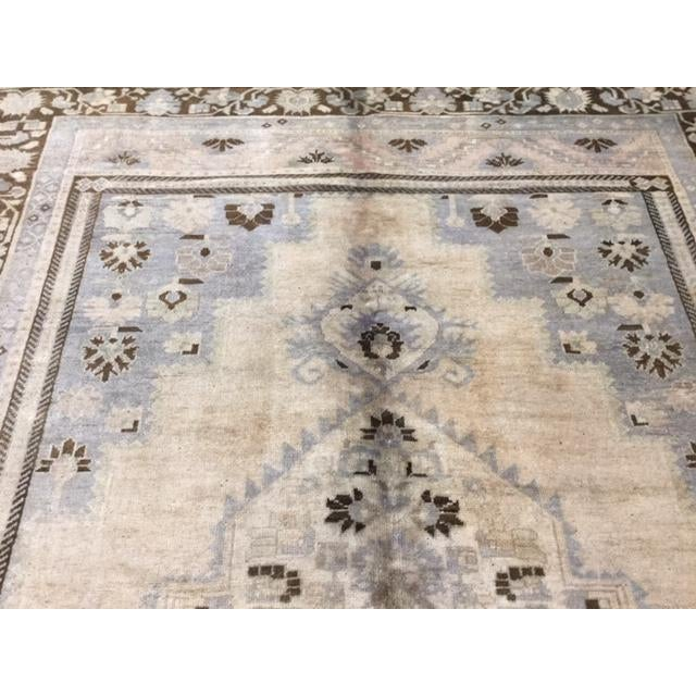 """Traditional 1950's Turkish Kaspinar Rug-7'7""""x12'9"""" For Sale - Image 3 of 11"""
