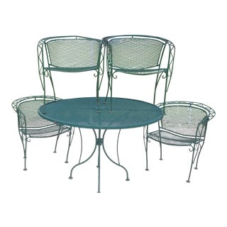 Mid Century Modern Woodward Wrought Iron Outdoor Patio Dining Table & Chairs - Set of 5 For Sale