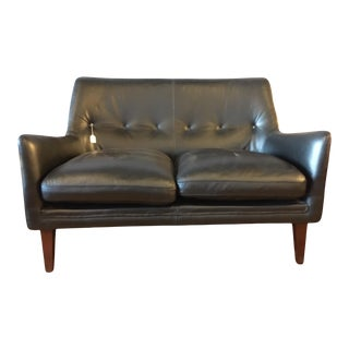 Campbell Leather Loveseat by Steijer Furniture For Sale