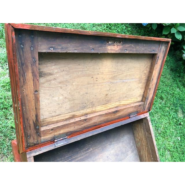 19th Century Primitive Carpenters Painted Chest/Box For Sale In Greenville, SC - Image 6 of 10