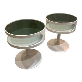 Pair of Circular White Lacquer Mid-Century Modern Space Age Side Tables For Sale