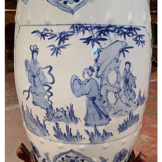 Asian Mid-20th Century Chinese Porcelain Garden Stool on Carved Stand For Sale - Image 3 of 8