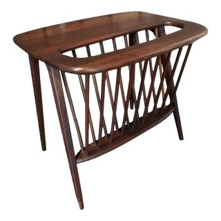 1960s Mid-Century Modern Wooden Magazine Rack Side Table For Sale