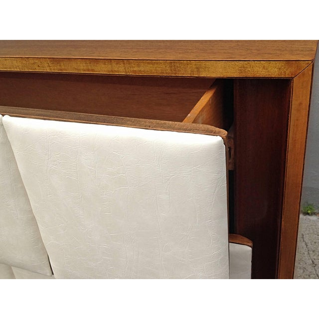Wood 1940s Mid-Century Modern Gilbert Rohde for Herman Miller Mahogany Chest For Sale - Image 7 of 9