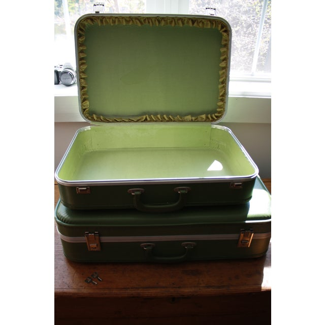 Vintage 3-Piece Nesting Suitcases - Image 6 of 11