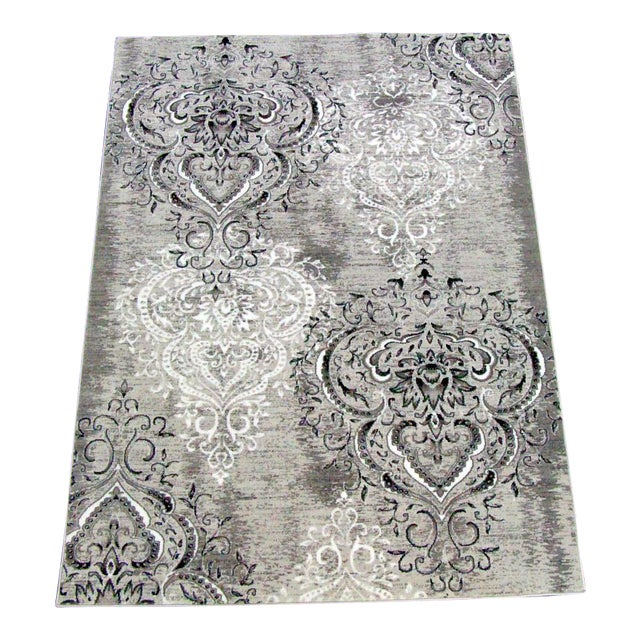 "Damask Gray & White Rug- 5'3"" x 7'7"" For Sale"