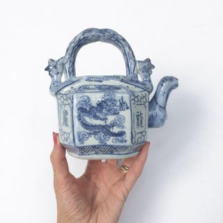 Blue and White Canton Chinese Export Porcelain Teapot With Top Handle Preview
