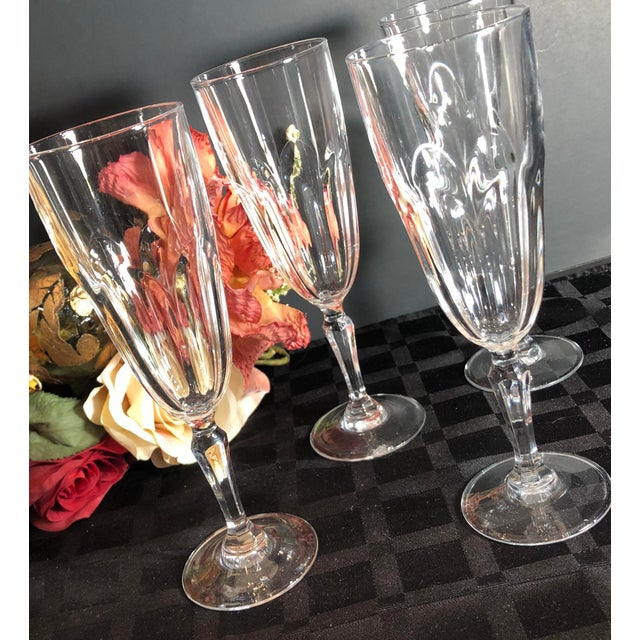 """Traditional Set of 4 Vintage Champagne Glass Crystal D'Arques Durand """"Washington"""" For Sale - Image 3 of 8"""