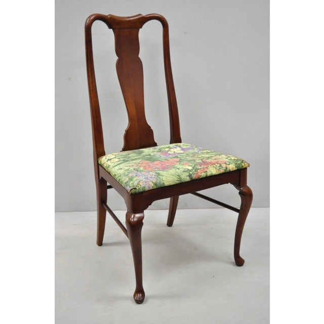 1960s Vintage Thomasville Queen Anne Style Solid Cherry Wood Dining Chairs- Set of 6 For Sale - Image 10 of 13