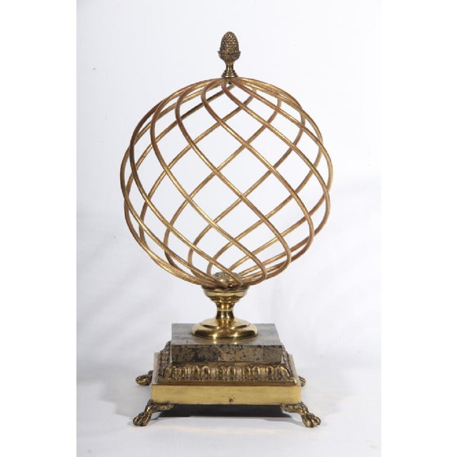 Mid-Century Modern 1980s Hollywood Regency Brass Orb Decoration For Sale - Image 3 of 3