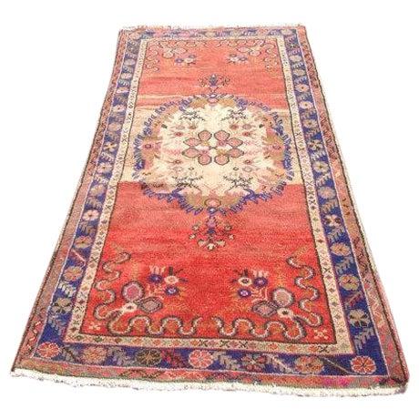 "Vintage Anatolian Rug - 3'1"" x 6'6"" For Sale"