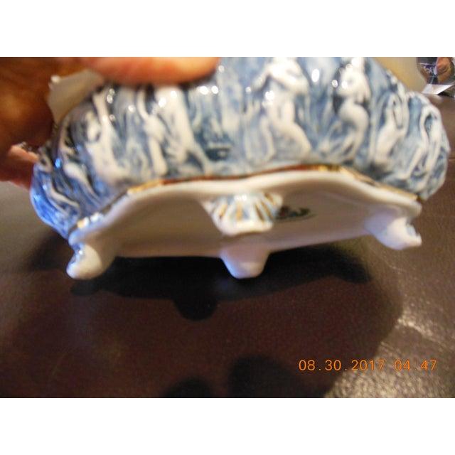 Italian Color Capodimonte Trinket Box For Sale In New York - Image 6 of 7