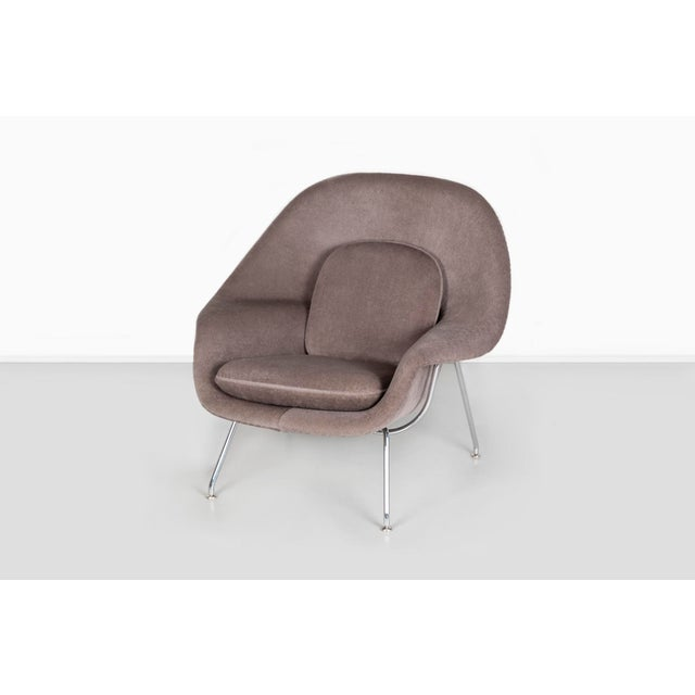 Mid-Century Modern Knoll Womb Chair - Medium For Sale - Image 3 of 12
