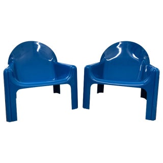 1970s Vintage Gae Aulenti for Kartell Italian Lounge Chairs- A Pair For Sale
