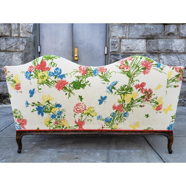Spring is here! A gorgeous Mid-Century Louis XV style settee with a very colorful upholstery and carved wood legs, no...