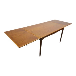 Mid Century Danish Modern Teak & Oak Expanding Dining Table For Sale