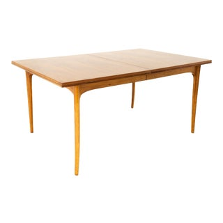 Kroehler Mid Century Walnut Expanding Dining Table For Sale