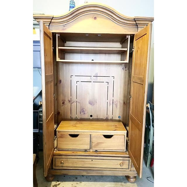 Arts & Crafts Drexel Heritage Studio Pine Entertainment Center For Sale - Image 3 of 6