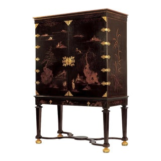 Dessin Fournir Griswold Cabinet For Sale