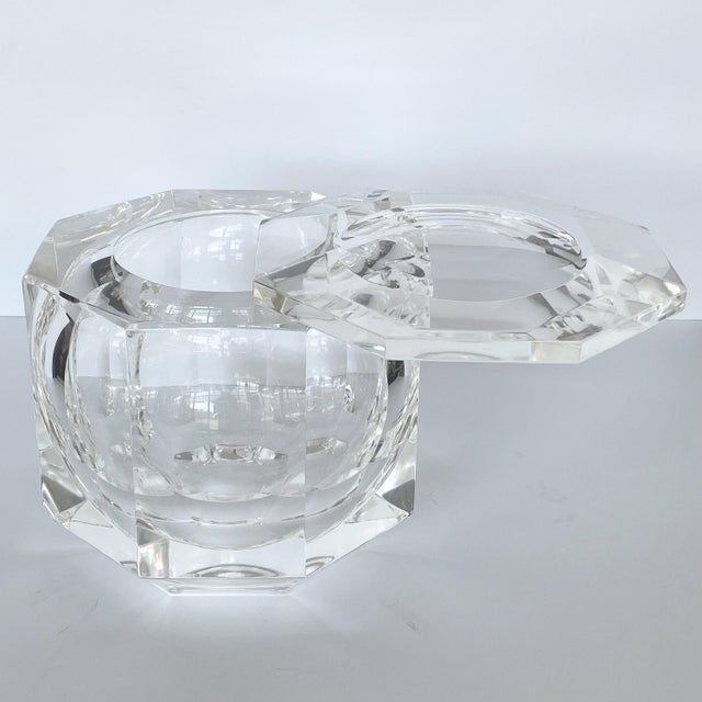 Hollywood Regency Lucite Ice Bucket by Alessando Albrizzi For Sale - Image 3 of 9