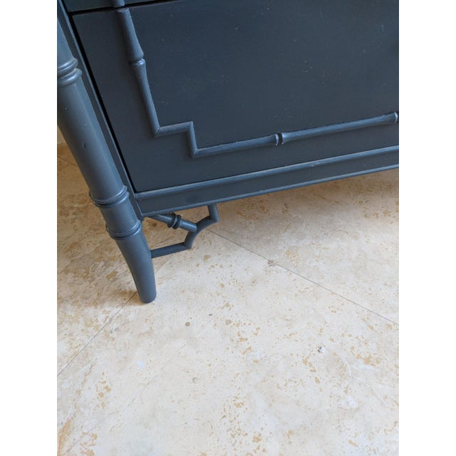 Thomasville 1970s Chinoiserie Thomasville Allegro Faux Bamboo High Gloss Gray 5 Drawer Highboy For Sale - Image 4 of 9