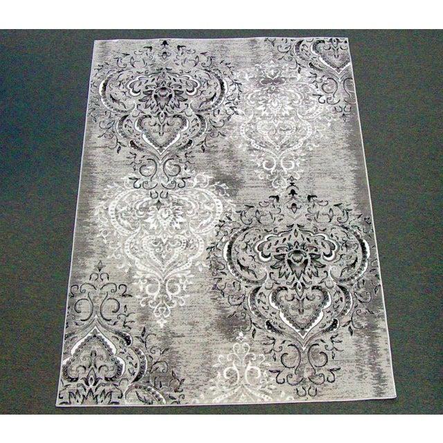 Damask Gray & White Rug 5'3''x 7'7'' - Image 2 of 7