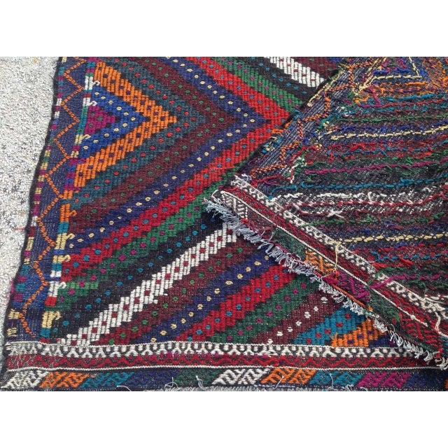 "Vintage Turkish Kilim Rug - 6'9"" x 10'5"" For Sale - Image 7 of 7"