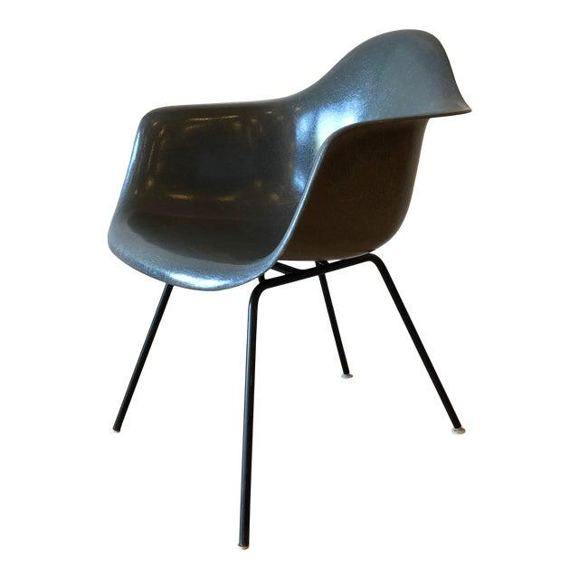 Eames Fiberglass Molded Side Chair for Herman Miller For Sale