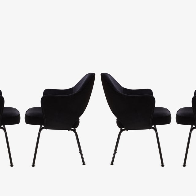 Saarinen Executive Arm Chairs, Black Edition - Set of 6 - Image 4 of 8