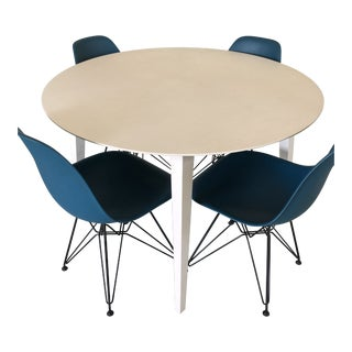 Eames White Dining Room Table With 4 Peacock Blue Chairs For Sale