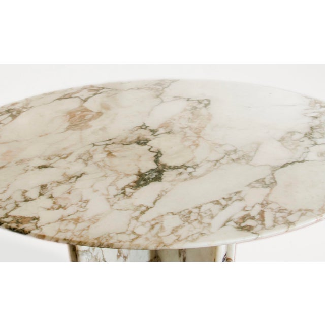 Modern Made to Order Italian Calacatta Marble Round Dining / Center Table For Sale - Image 3 of 10
