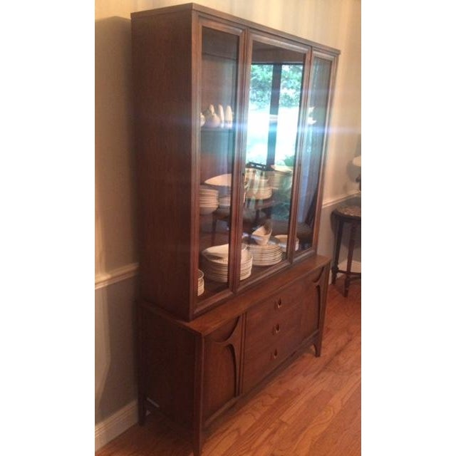 Mid-Century Modern Broyhill Brasilia Mid-Century China Cabinet For Sale - Image 3 of 11