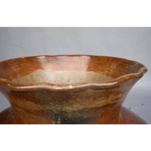 Early 20th Century Antique Ceramic Florero Pot For Sale - Image 5 of 6