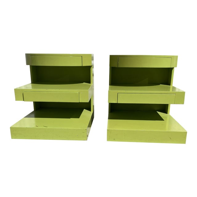 Artdeco Style Side Tables Ore Nightstands in Apple Green Color a Pair. For Sale
