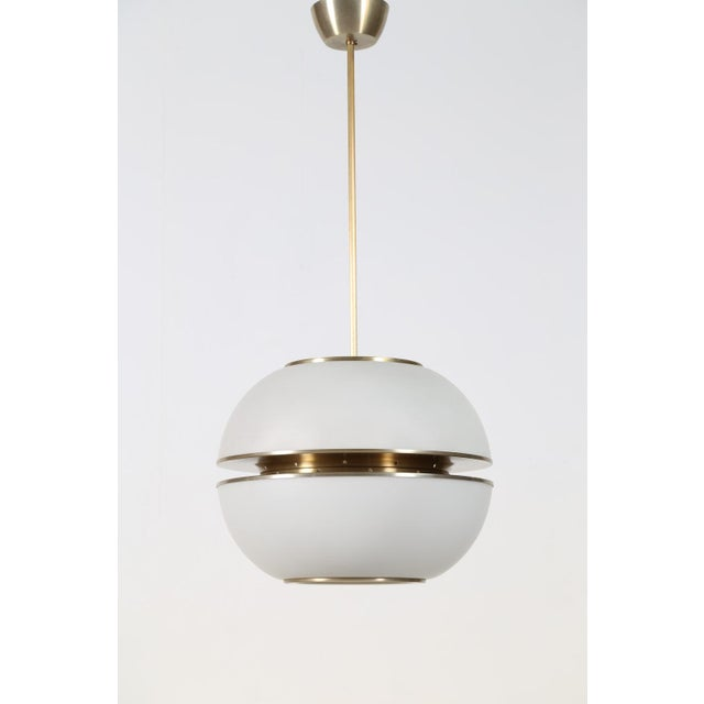 1960s 1960s Italian Oscar Torlasco Round Glass Pendant Lantern For Sale - Image 5 of 5