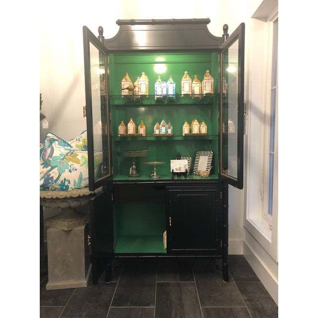 1950s Mid-Century Modern Bamboo China Cabinet For Sale In New York - Image 6 of 11