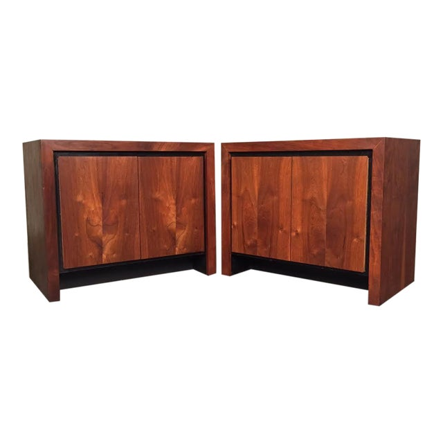 Milo Baughman for Dillingham Mid-Century Modern Nightstands - a Pair - Image 1 of 8