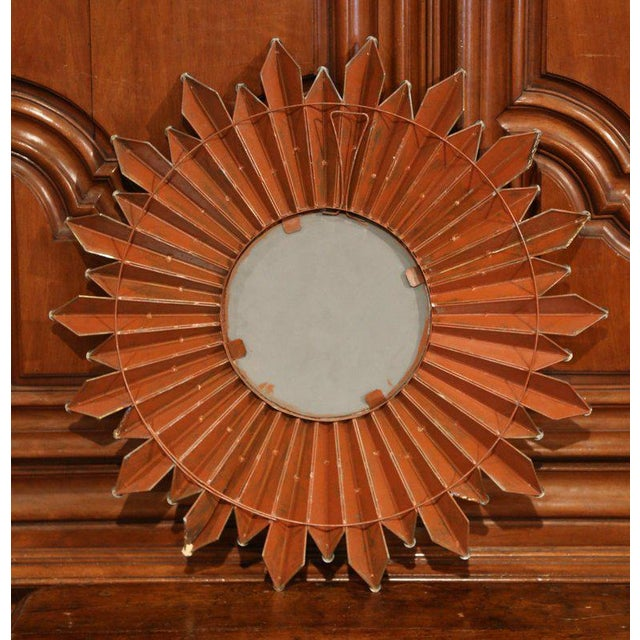 Early 20th Century French Brass Sunbust Mirror With Glass Beams From Paris For Sale In Dallas - Image 6 of 7