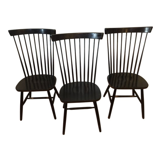 Edmund Spence Style Ebony High Comb Spindle Windsor Chairs - Set of 3 For Sale